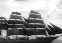 Skoleskibet Danmark fungerede under Anden Verdenskrig som uddannelsesskib i US Coast Guard. Billede fra film produceret af United News (læs mere om ophavsrettigheder nederst).