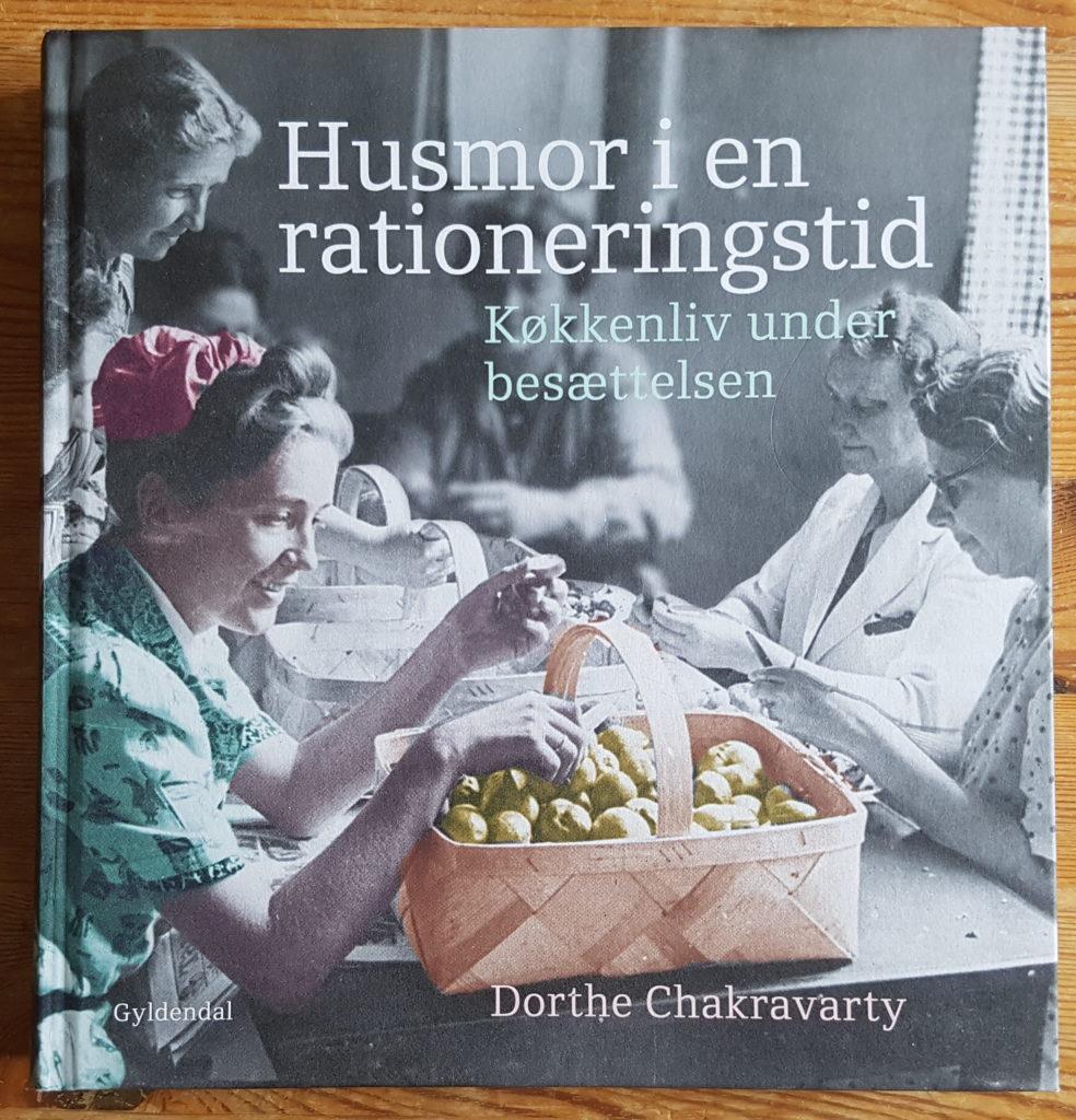 Husmor i en rationeringstid - køkkenliv under besættelsen af Dorthe Chakravarty. Foto: Søren Kjær