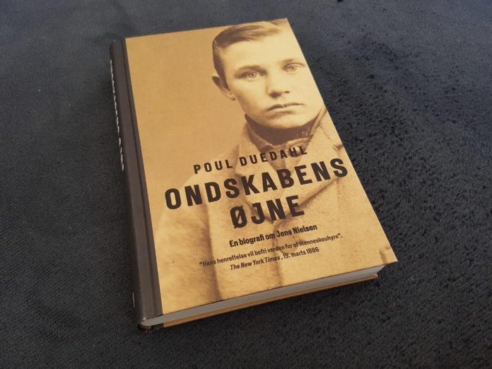 Bogen Ondskabens øjne af Poul Duedahl. Foto af bogen: Søren Kjær